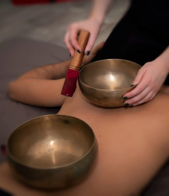 Tibetan sound massage